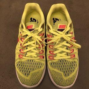 💛 NIKE Lunar Training running shoes 💛
